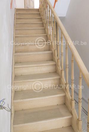 Hoe herken je een goed gezandstraalde trap - Renovatie van een houten trap ...